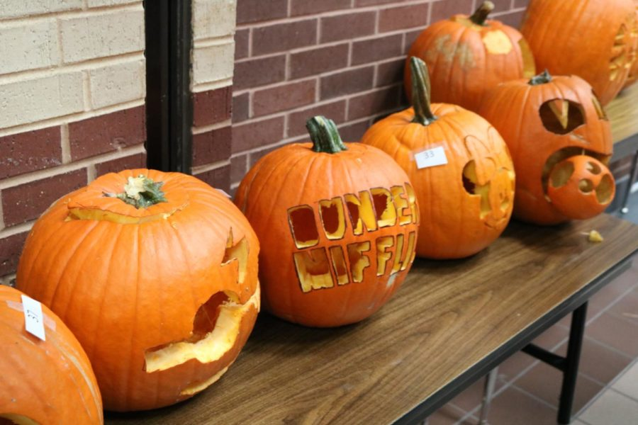 Coppell+High+School%E2%80%99s+Student+Council+hosts+a+pumpkin+carving+contest+on+Wednesday%2C+October+24.+These+pumpkins+were+in+the+main+hall+by+the+horseshoe+on+tables+during+all+lunches%2C+and+the+top+three+winners%2C+senior+Rachael+Kang+%28senior%29%2C+Disha+Chanana+%28senior%29%2C+and+Palak+Bhargava+%28junior%29%2C+won+a+cash+prize.