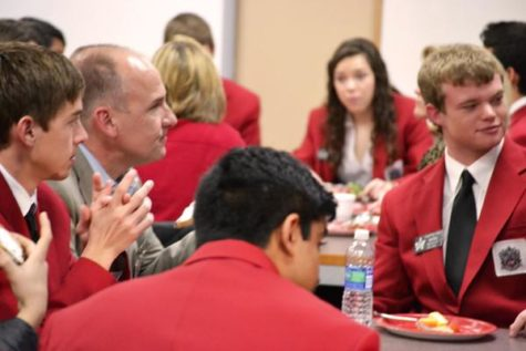 CHS to host 10-year Red Jacket reunion Friday