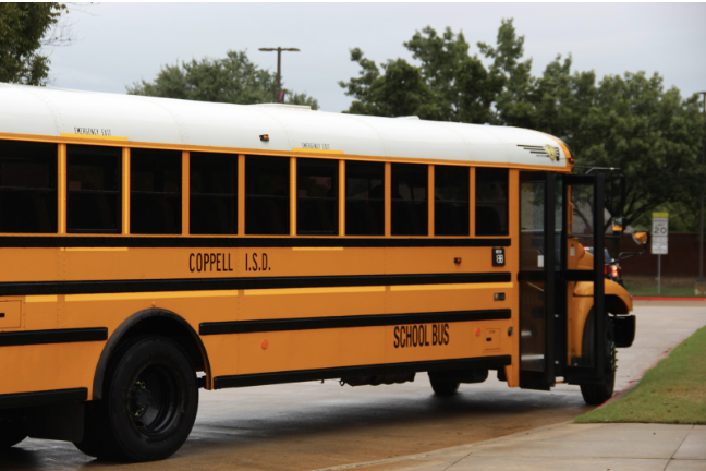 The+2018-2019+school+year+has+seen+some+changes+to+the+way+shuttles+run+between+Coppell+campuses+during+the+school+day.+These+six+shuttles+are+running+between+the+three+Coppell+campuses+%28Coppell+High+School%2C+New+Tech+High%40Coppell+and+CHS9%29.