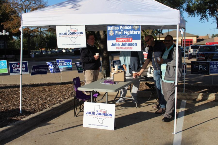 This morning, a group of voters support Julie Johnson for Texas State Representative for the 2018 general election outside of Coppell Town Center. Representatives give out cards and information about candidates that will be elected for local, state, and congressional level.
