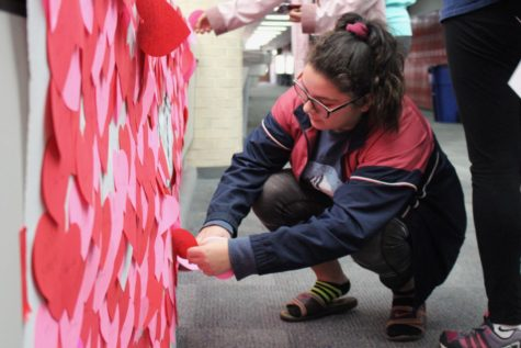 Student Council spreads message of inclusivity with personalized paper hearts for student body