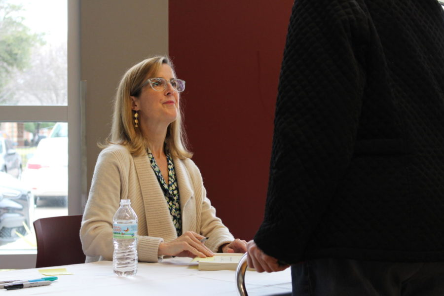 On Sunday, the Cozby Library and Community Commons hosted an author visit with Amanda Eyre Ward to discuss her 2015 novel, The Same Sky. Eyre lives in Austin and is the author of  seven different novels.