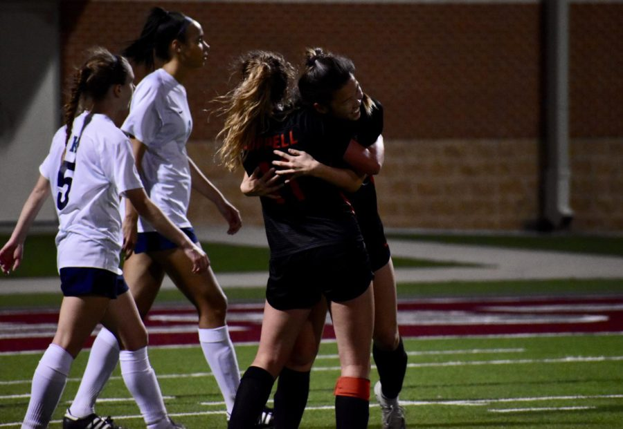 Cowgirls win bi-district match, moving on to second round of playoffs