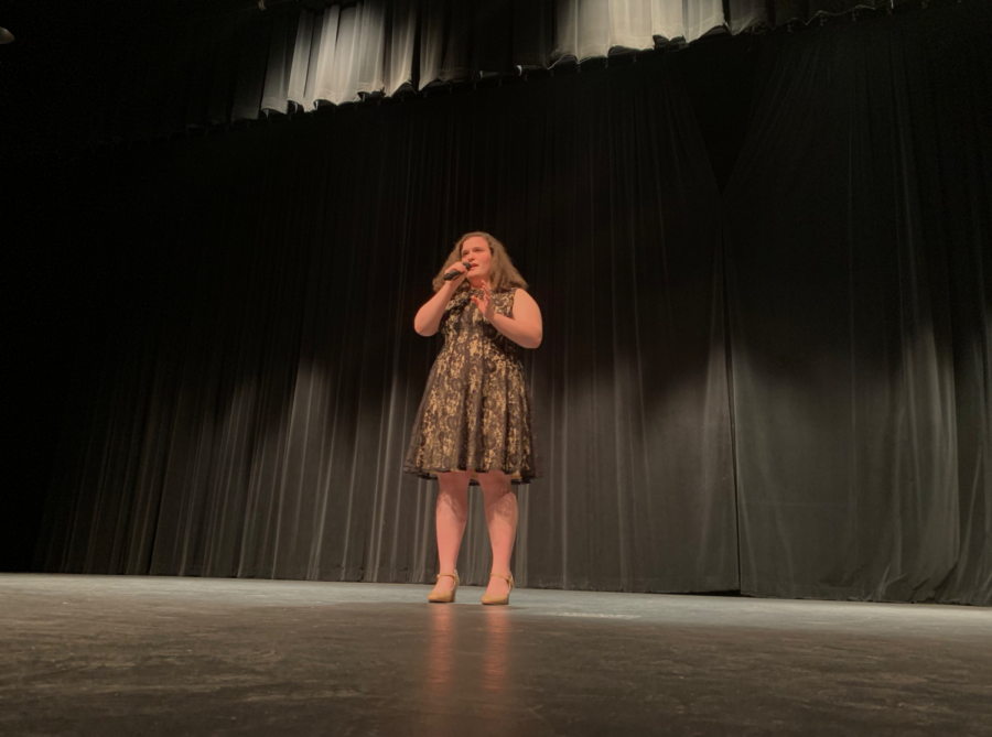 Coppell+High+School+junior+Kaylee+Pinckert+sings+%E2%80%9CAmazing+Grace%E2%80%9D+at+the+CHS+talent+show+in+the+auditorium+on+Saturday.+The+CHS+talent+show+allowed+students+to+show+off+their+skills+and+win+cash+prizes+by+placing+either+first+%28%24100%29%2C+second+%28%2450%29+or+third+%28%2425%29.+