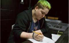 Student of the Week: Peterman shines behind scenes through makeup, management