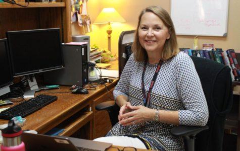 Librarian Lynn Hevron