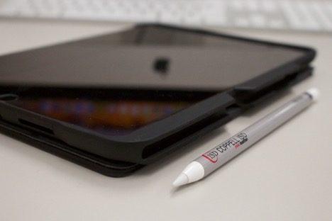 CHS students, teachers receive new school iPads