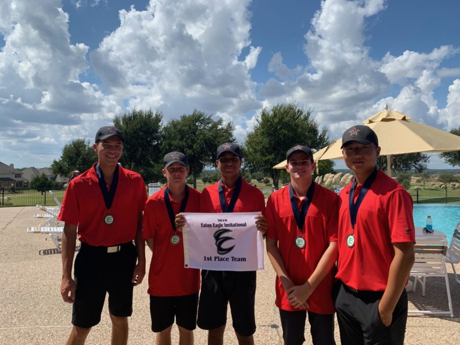 Boys golf Varsity I members come together after the Eaton Eagle Invitational on September 28 at the Golf Club Fossil Creek. The Varsity I golf team won the Eaton Fall Classic tournament at The Golf Club Fossil Creek on Sept. 27-28 and Varsity II came in second.
