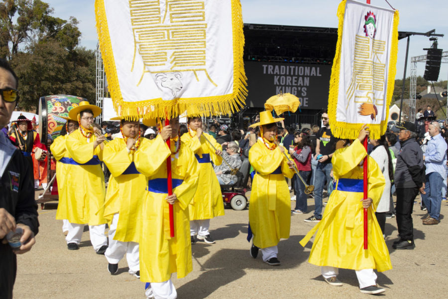 Volunteers+at+the+Korean+Festival+perform+a+Traditional+King%E2%80%99s+Korean+Parade+with+drums%2C+horns+and+customary+closing+on+Saturday+at+Carrollton+Asian+Town+Center.+The+festival+celebrates+Korean+culture+with+music%2C+food%2C+ceremonies+and+various+vendors.+