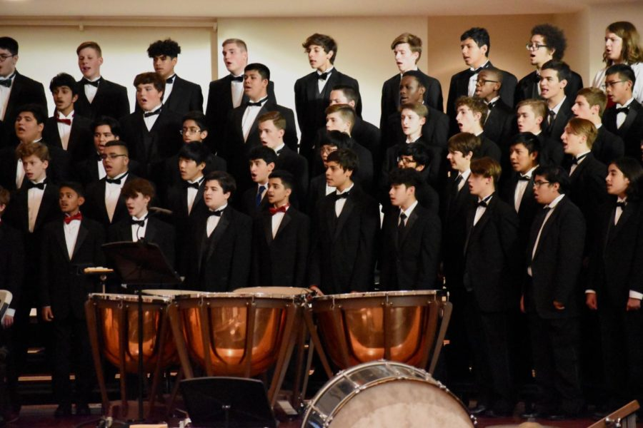 Male+singers+in+the+Texas+Music+Educators+Association+Region+Honor+Choir+harmonize+together+during+the+2019+All-Region+Honor+Choir+concert+on+Saturday+night+at+the+Grapevine+First+United+Methodist+Church.+Parents+and+friends+come+to+watch+and+enjoy+an+evening+full+of+a+variety+of+music+sung+by+each+choir.