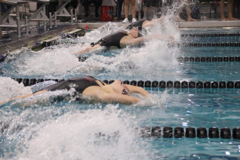Intrasquad meet promotes team building at Vaquero Battle
