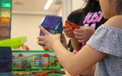 Video: Building blocks fostering creative skills