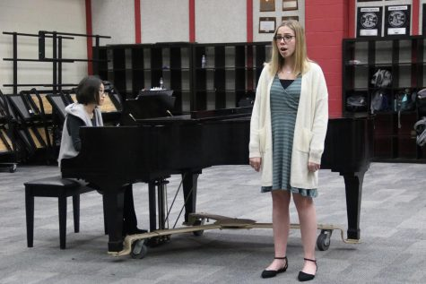 On the Spot: Choir using classroom recitals for contest preparation (with video)