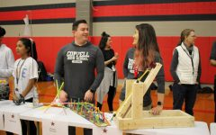 Teachers, students display work for Spring Showcase