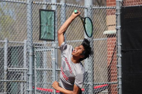 Tennis secures second place in home tournament