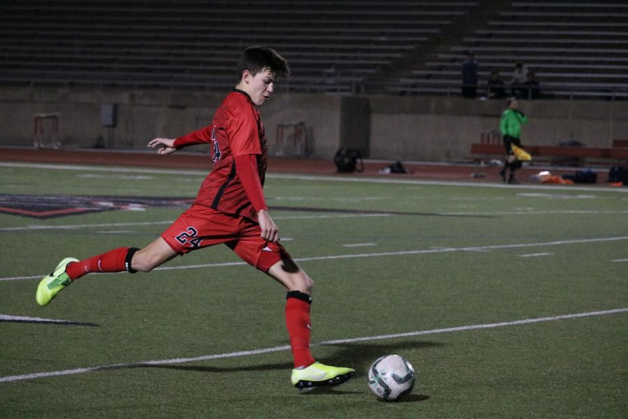 Coppell sophomore Walker Stone makes a pass on Feb. 18 against Irving Nimitz at Buddy Echols Field. Stone is one of 13 Cowboys selected for a District 6-6A award.
