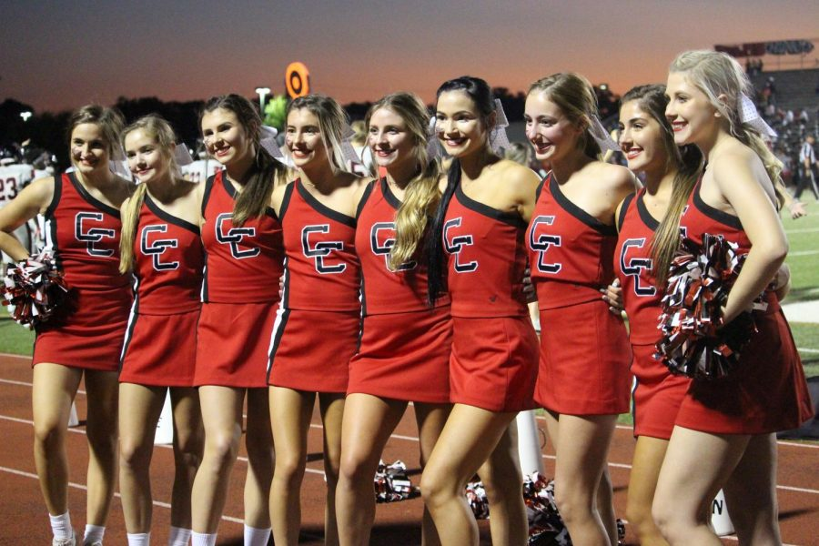 The+Coppell+cheer+team+supports+the+Coppell+football+team+against+Irving+MacArthur+on+Nov.+27%2C+2019+at+Buddy+Echols+Field.+This+year%E2%80%99s+cheer+team+has+a+smaller+number+of+underclassmen+and+a+much+larger+number+of+upperclassmen.