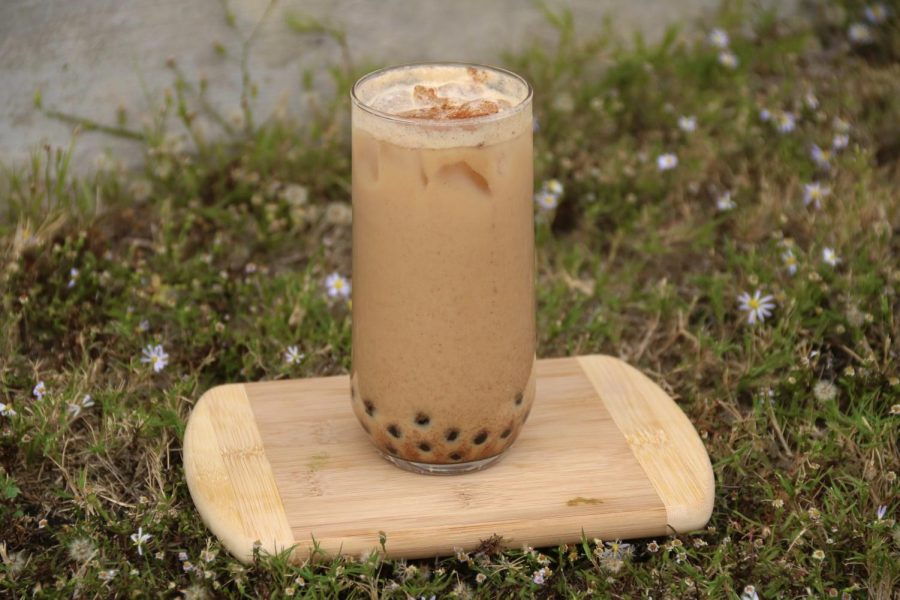 Pumpkin+spice+boba+milk+tea+adds+a+fall+twist+on+traditional+milk+tea.+This+iced+creamy+delicious+drink+can+be+enjoyed+with+family+over+the+holidays+and+will+not+disappoint.