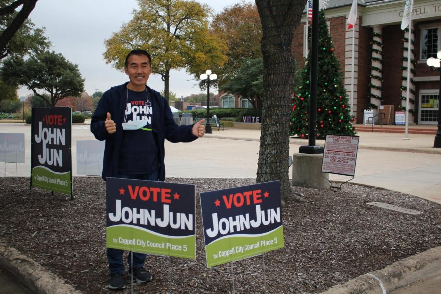 City+council+Place+5+John+Jun+greets+early+voters+for+the+runoff+election+for+Coppell+City+Council+outside+of+Coppell+Town+Center+on+Dec.+2.+Jun+defeated+Jim+Walker+in+Tuesday%E2%80%99s+runoff+election+for+Coppell+City+Council.+
