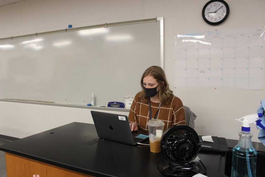 CHS9 biology teacher Hilary Schieffer grades assignments during her first period class on Feb. 8. Schieffer was chosen for CHS9's January Teacher Spotlight. Photo By Precious Onalaja