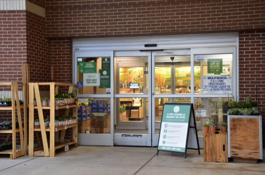 Sprouts Farmers Market on W. Sandy Lake Road is currently hiring. The Sidekick staff writer Iniya Nathan scopes out local businesses for Coppell teenagers looking for summer jobs