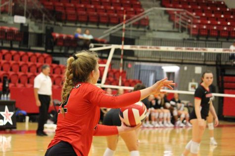 Cowgirls dominate in tight four-set match with Hebron